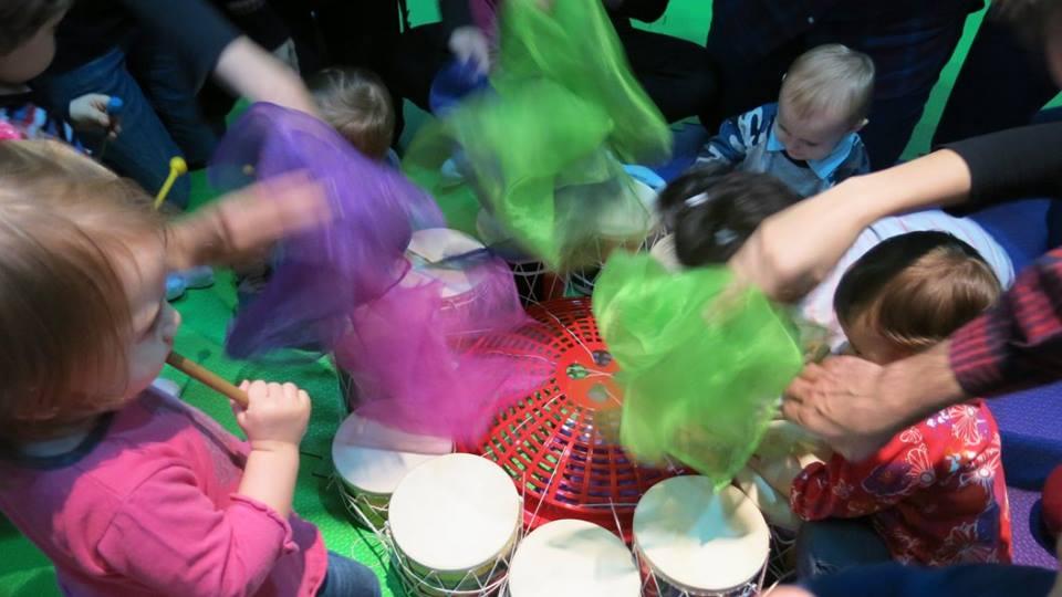 gran tambor y pañuelos